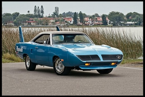 1970 Plymouth Superbird. All Superbirds had vinyl tops because Creative Industries, the company that modified the the standard Plymouth into birds, did not have time to do the nice finish work around the new rear window, so the just covered their work with the vinyl top.