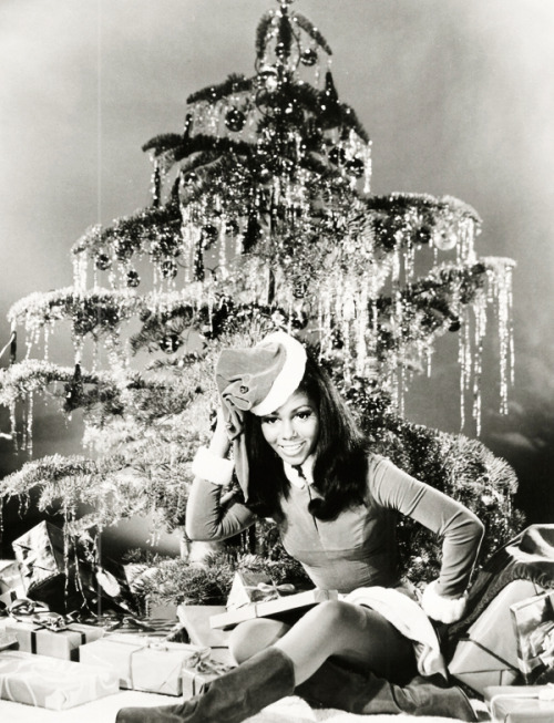 vintagegal:  Judy Pace under the Christmas tree (1968)