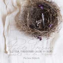 madydooijes:  I am in this beautiful new book: Little Treasures made by hand by Pia Jane bijkerk.