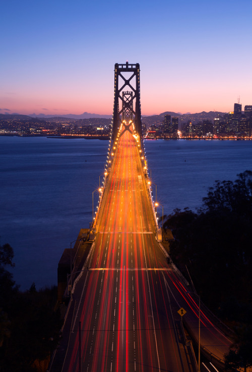 astratos:  Gateway to San Francisco  |  Michael Lax