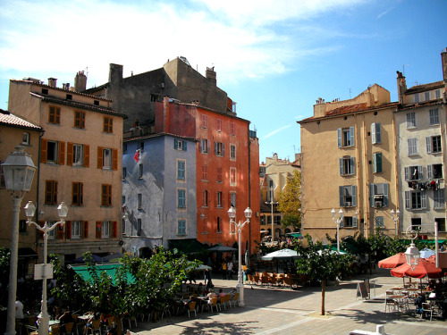 La Place du Mûrier, Toulon, France