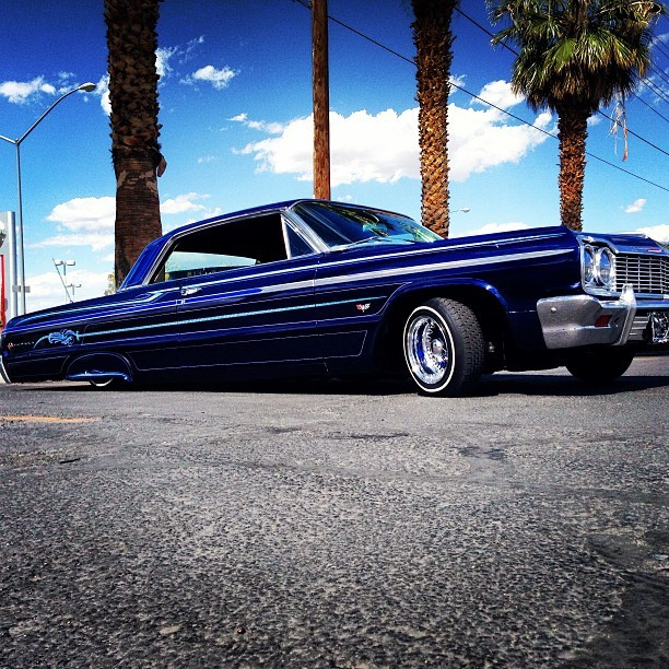 Groupe and Klique carwash for Lori. #respect #lowriders #lasvegas #cruise #rider #sundayslacker #magazine