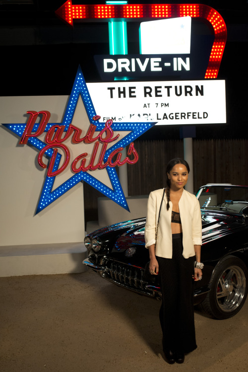 Zoe Kravitz looks très chic in Chanel! See which other young stars got their boots dirty in Dallas »