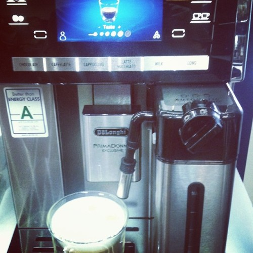 I love this coffee machine. #Delonghi ❤