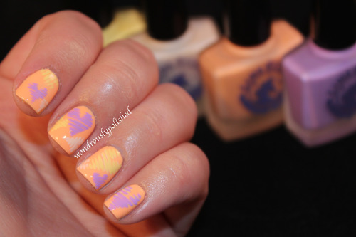 ohwondrous:  Lime Crime Hearts for the first day of the February Nail Art Challenge!   Sweet!
