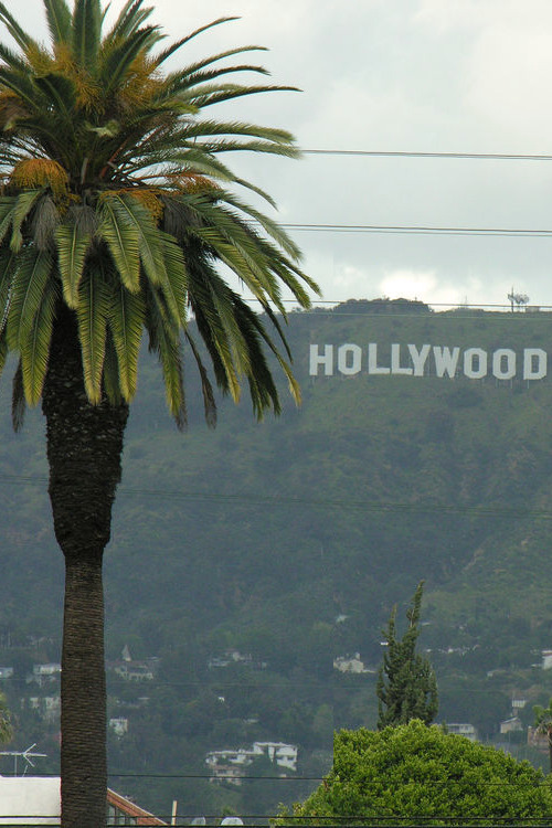 vurtual:  Hollywood Sign - Hollywood, CA (by AtomicPope)