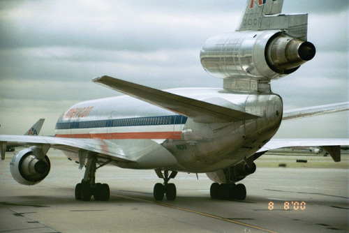 sboutellie:  AA DC-10-30 last trip to HNL by jrfitz81 on Flickr.