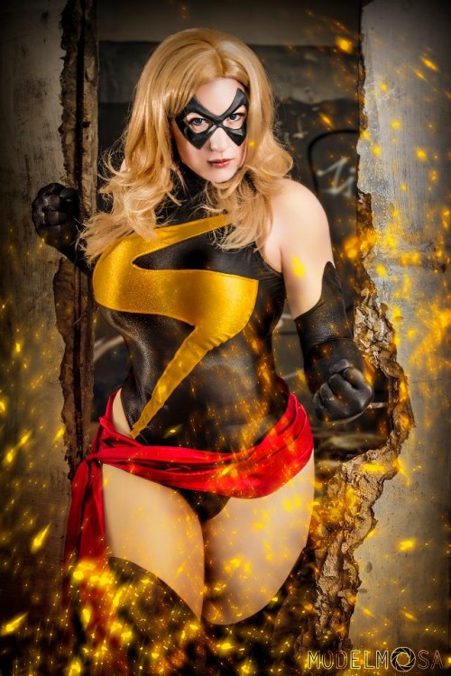 Warbird Ms. Marvel costume made and modeled by me, BelleChere Photo and editing by ModelMosa