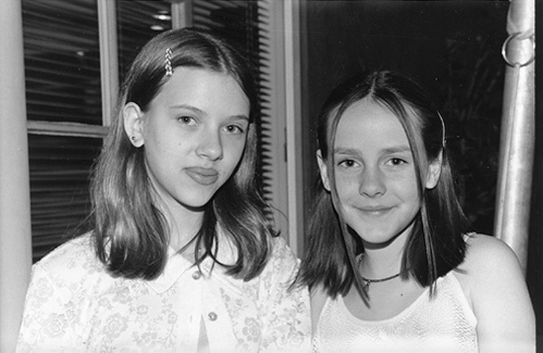 Scarlett Johansson and Jena Malone in 1997