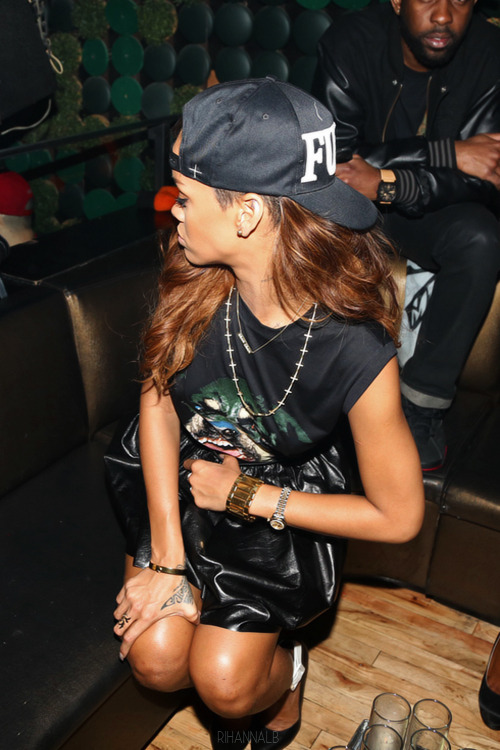 karla-world:  RIRI