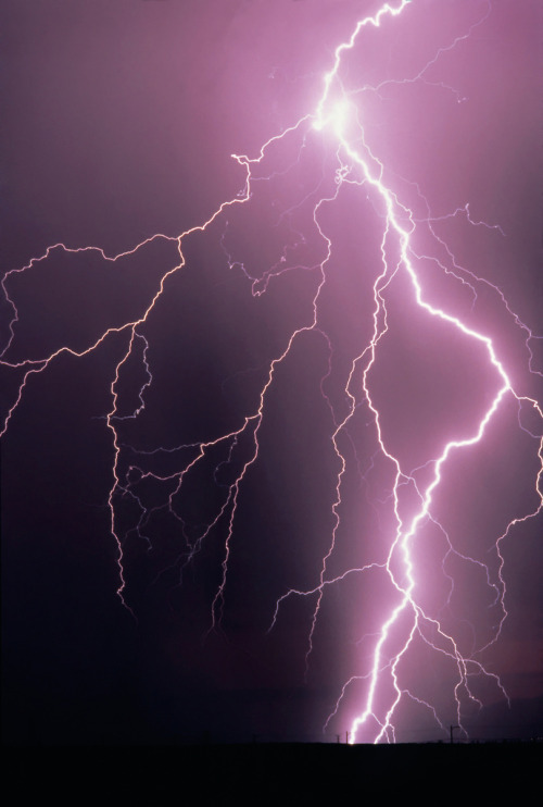 "llbwwb:  Lightning Storm (by IronRodArt - Royce Bair (""Star Shooter""))"