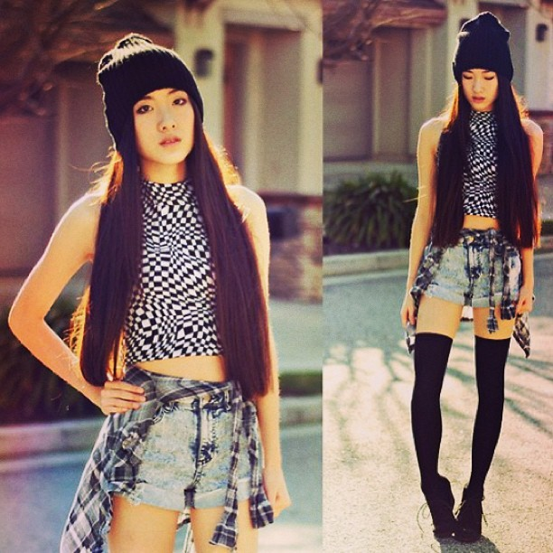 Daily outfit inspiration. #outfit #fashion #beanie #croptop #jean #jeanshorts #insafashion