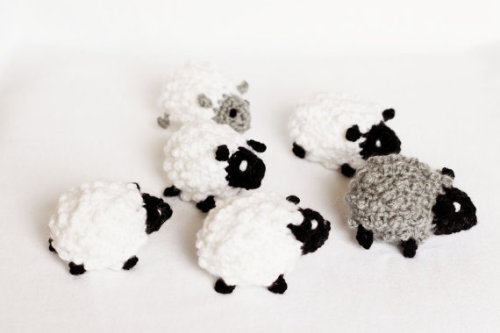 sociableperson:  Crochet Sheep by LalaKa