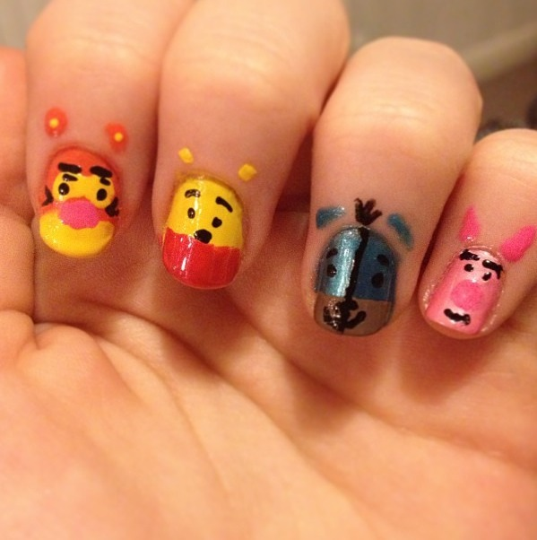 nailznailznailz1:  Winnie The Pooh Nails. Inspired by Disney. By Skye Shane.