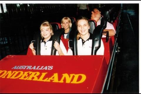 LeAnn Rimes on the Demon at Wonderland back in 1998