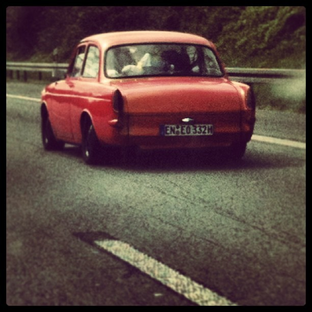 VW Squareback, the Autobahn was packed with classics today #instacar #vw #oldtimer