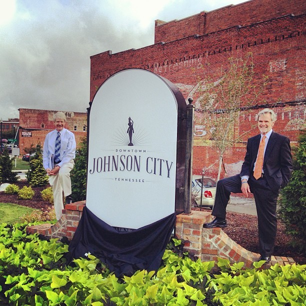 Logo unveiling for the Downtown Johnson City logo this morning. Thanks @thinkshannon for the opportunity!