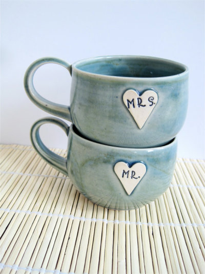 twistedtofu:  Mr & Mrs mug set - Here