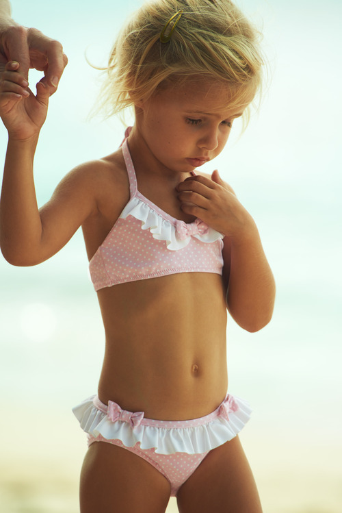 18 little girls in only thongs