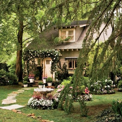 "colette-carraway:  nick carraway's cottage in the new great gatsby movie… I love it but I don't think it qualifies as an ""eyesore"""