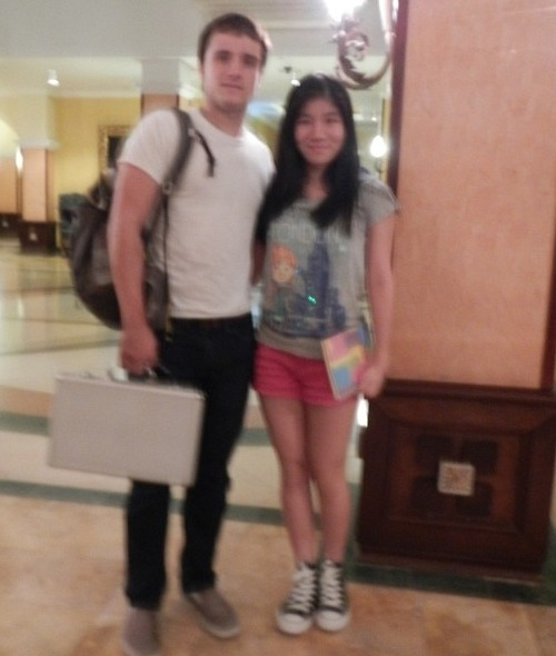 New pic of Josh with a Fan in Panama