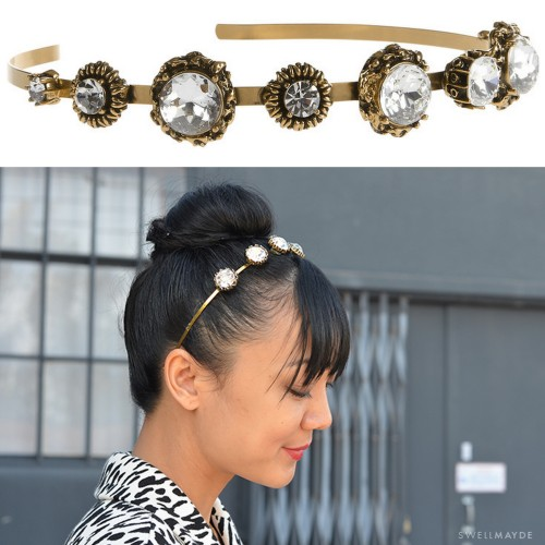 DIY Easy Oscar de la Renta Jeweled Headband Tutorial from Swellmayde here. Link to a really cheap headband on Etsy that I like - ten for $4.50 plus shipping. Top Photo: $395 (not available anymore) Oscar de la Renta Jeweled Headband here (other gorgeous Oscar de la Renta jewelry at this link), Bottom Photo: DIY by Swellmayde. For more headbands go here: truebluemeandyou.tumblr.com/tagged/headband and for headpieces go here: truebluemeandyou.tumblr.com/tagged/headpiece