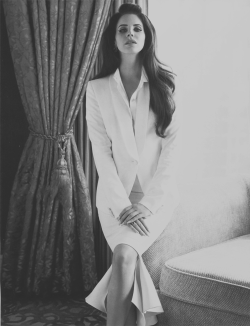 lesbian4lana:  Lana Del Rey for Vogue China