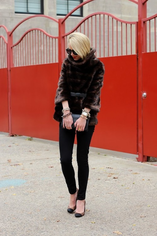 pretaportre:  Blair Eadie of Atlantic-Pacific wearing a Kate Spade faux fur pullover, JBrand jeans, Karen Walker 'Super Duper' sunnies, and Jewelry from Michele, Stella and Dot, and Styleiner.