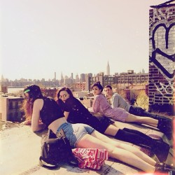 Rooftop hangs @silentphilm @juliaroven @julesgianakos @yunginternet  (at Sweater Factory Rooftop)