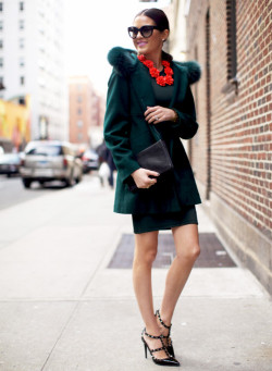 must-have-outfits:  Lovely shade of green