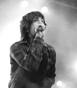 me love singer for The Bring Me The Horizon oliver sykes to horizon Sykes Oliver bring