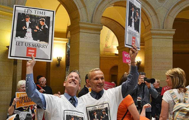 MINNESOTA SENATE VOTES TO LEGALIZE GAY MARRIAGE The Minnesota Senate, after four hours of floor discussion Monday, joined the state House of Representatives in approving same-sex marriage.
