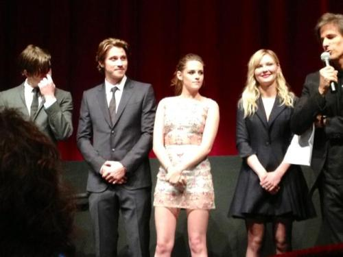 flawlesstew:  Better pic inside the OTR premiere.
