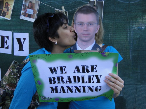 We are Chris & Santa from Austria & India and we support Bradley Manning!