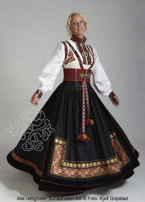 universalbeauty:  Norwegian woman in traditional dress of Norway.