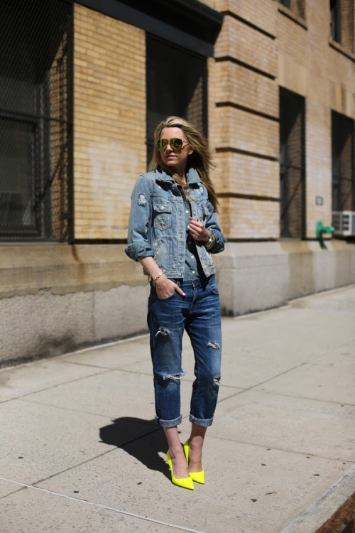 (via Atlantic-Pacific: weeekend wear: denim/denim/denim)