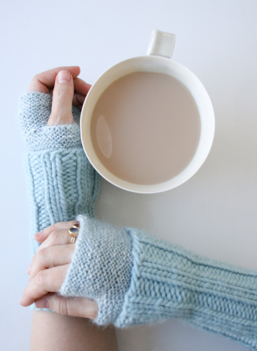 Cuffed Hand Warmers - the purl bee