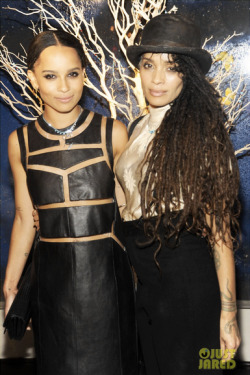dreadlockinfo:  Lilakoi Moon (aka, Lisa Bonet), right, and daughter, left.  (via Mixed Celebs)