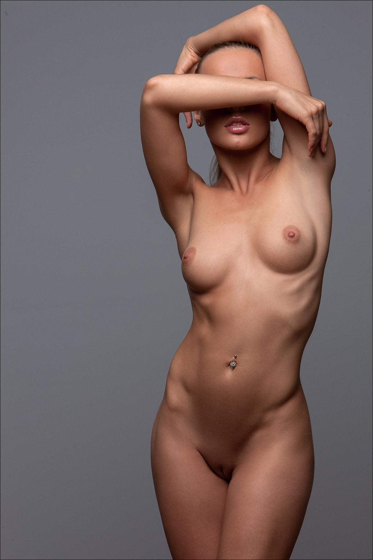 Саме кросивые голые девушки 4 фотография