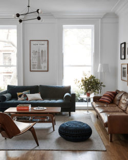 goodlivingrooms:  Cup of Jo founder Joanna Goddard's Brooklyn apartment