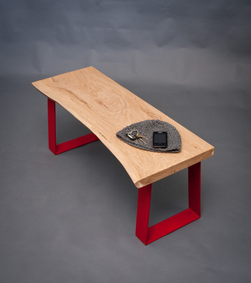 Reclaimed Honey Oak BenchRed Steel Trapezoidselpisandwood.com