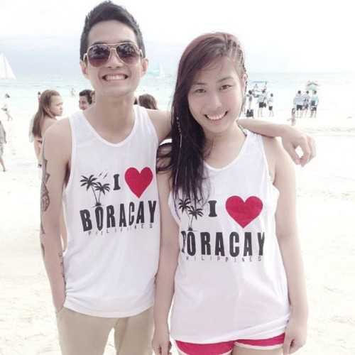Very couple ah! Hahaha! We obviously ❤ Boracay  #squaready #couple #love #boracay #beach #summer (at Station 2, Boracay)