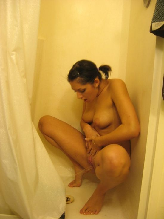 Indian girl peeing