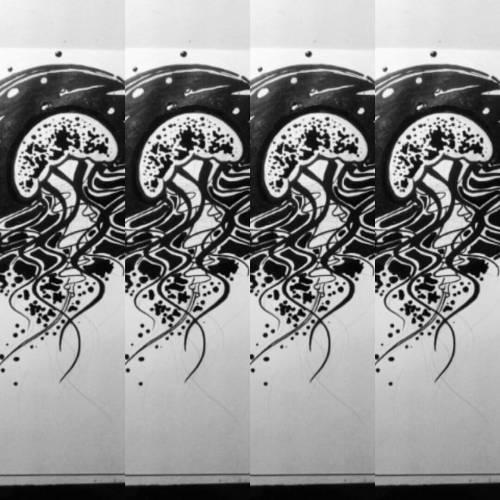 #drawing  #draw #tinta  #ink #dibujo #blackandwhite #blancoynegro  #diseño  #medusas #draw#blackandwhite#medusas#dibujo#tinta#ink#blancoynegro#diseño#drawing