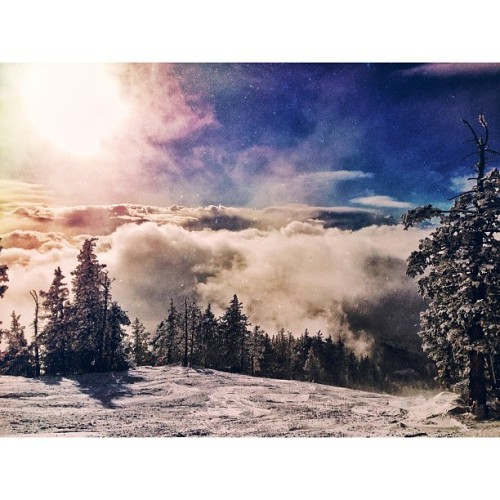 Today was incredible! #ski #snowbowl #clouds #cloudporn #snow #mextures #snapseed #vsco #vscocam #iphone5 #snpwboarding #instagramaz (at Arizona Snowbowl Ski Resort)