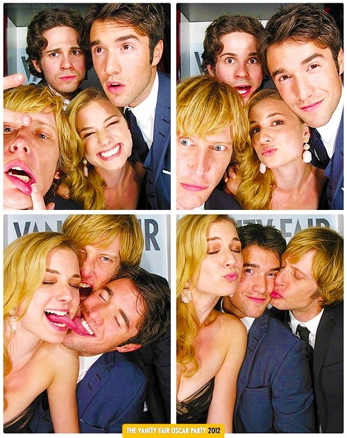 mycrushclassy:  Who doesn´t want to be in this  Photobooth? I know i want!