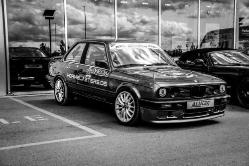Racer DNA Starring: BMW E30 (by Alaa Benz)