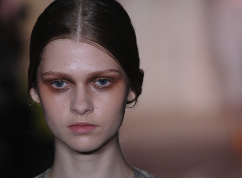 "The make-up at @RoksandaIlincic sure helped cement the ""girly punk"" look of the collection. #lfw"