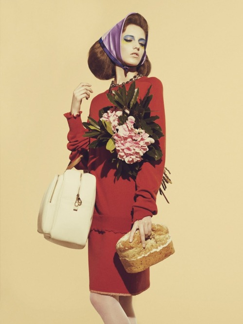 lovelostfashionfound:  Iris Egbers - The Sunday Times Style May 2011  Buried Treasure: Love the vintage aesthetic of this!