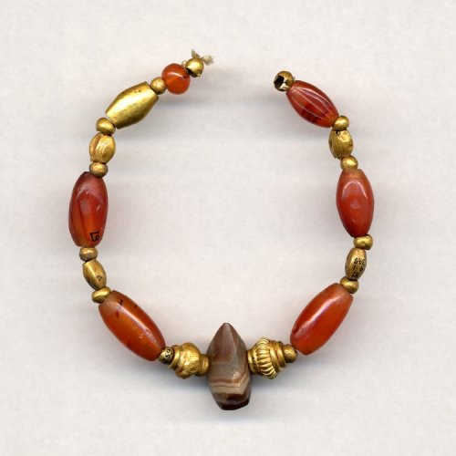ancientpeoples:  Gold and Cornelian Necklace 1550-1050 BC Late Bronze Age (Source: The British Museum)